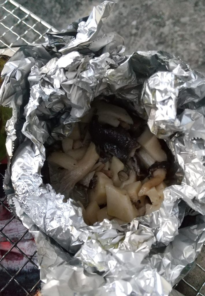 キノコのホイル焼き